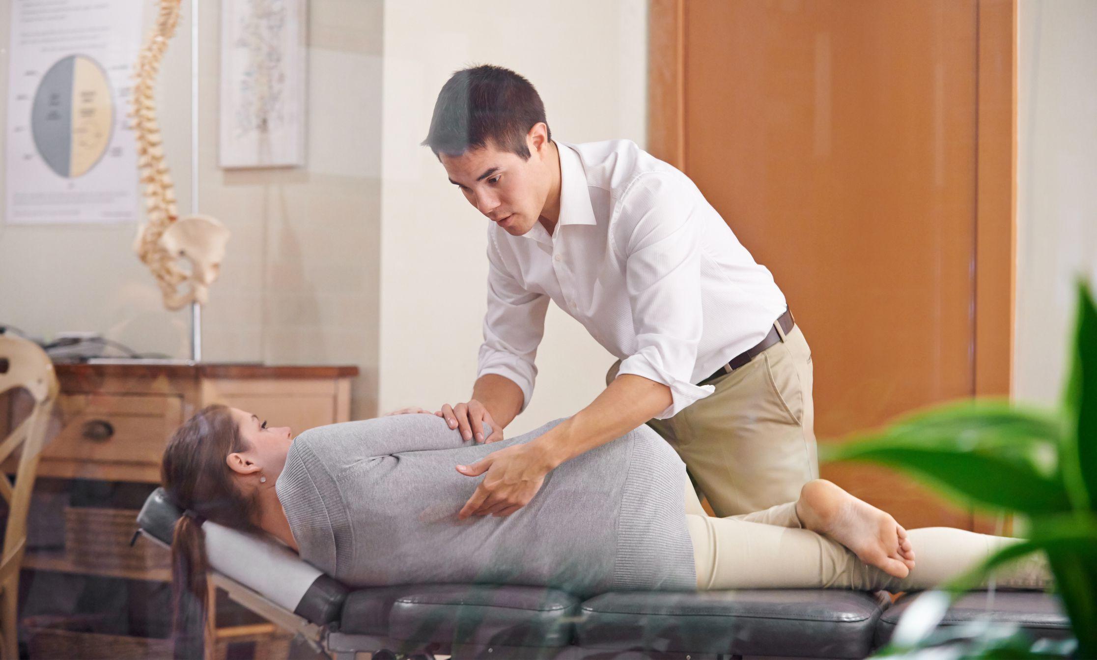 diferença de osteopatia e quiropraxia
